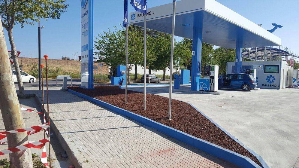 Foto: Una estación de servicio de Ballenoil, la cadena 'low cost'.