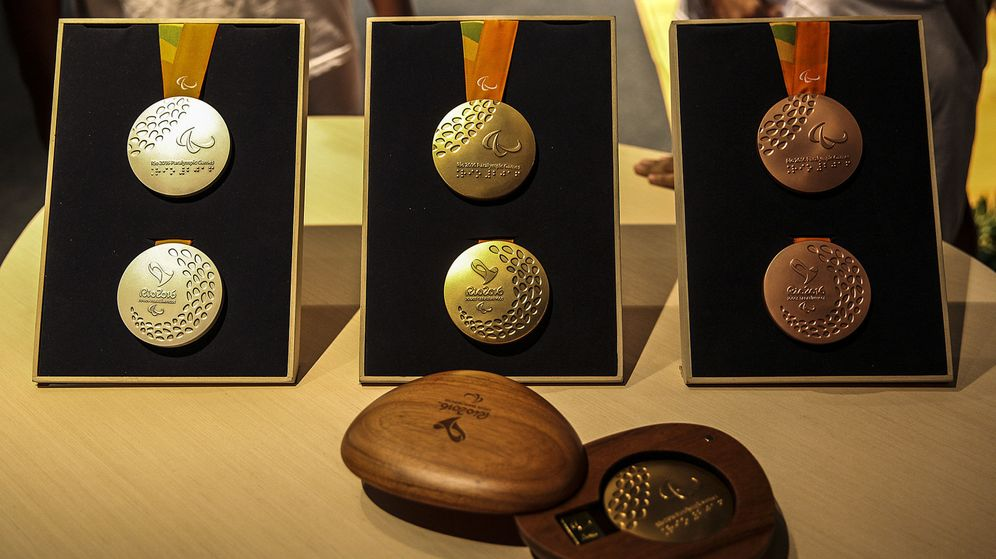 Foto: Presentación de las medallas de Río 2016. (EFE)