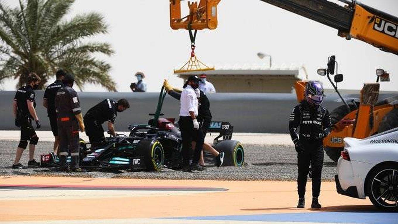 El inusual fiasco de Mercedes para empezar   ¿Simple tropezón, o un golpe de morros?