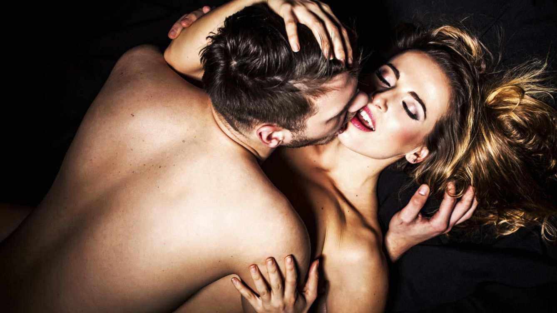 Siete posturas sexuales para un placer mucho más profundo