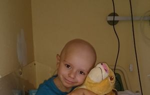 100.000 euros para salvar la sonrisa de Álex