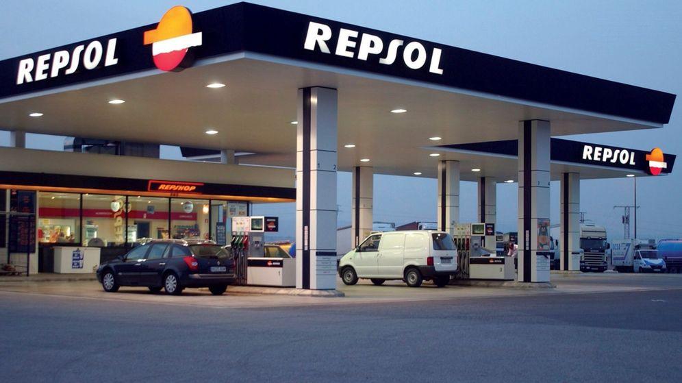 Foto: Una estación de servicio de Repsol. (EFE)