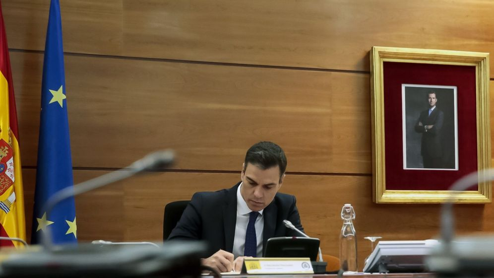 Foto: El presidente del Gobierno, Pedro Sánchez, durante un Consejo de Ministros. (Efe)