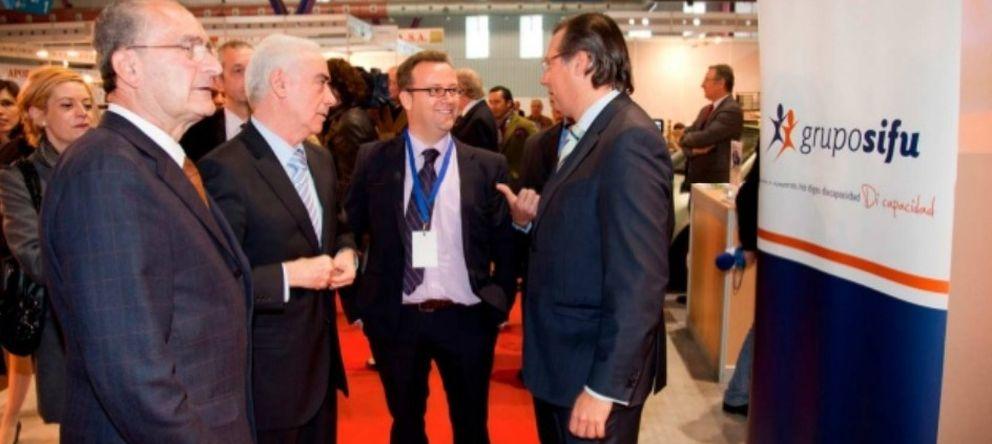 Foto: El alcalde de Málaga, Francisco de la Torre (i), el consejero Luciano Alonso (2i) y Luciano Javier Alonso (2d)