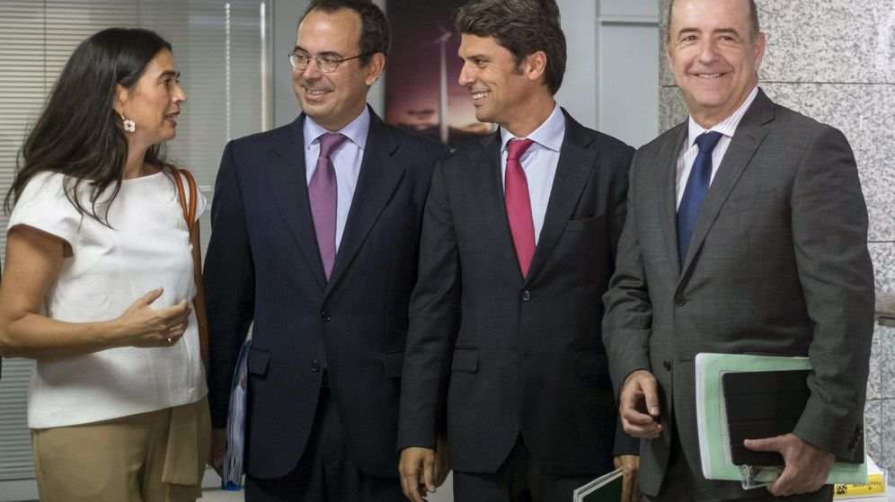 Foto: Miguel Temboury (2i), en una imagen de archivo. (EFE)