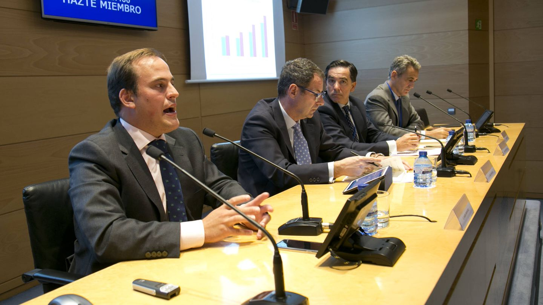 Presentación del estudio 'Longevidad y cambios en el ahorro y la inversión', en la Bolsa de Madrid.