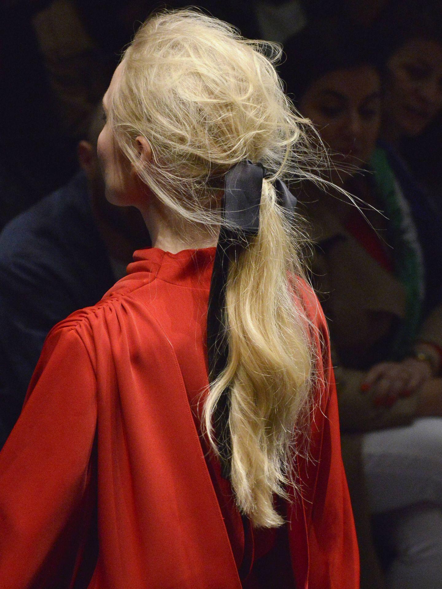 La plancha de seda busca lograr un liso sin encrespamiento y con mucho brillo. (Getty)
