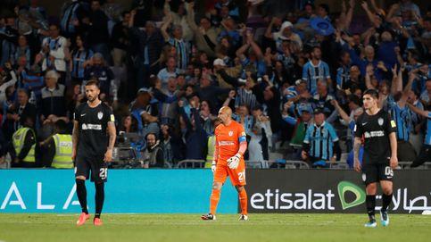 El pequeño 'Conejo' Pérez (1,72 m y 44 años) se queda sin jugar contra el Real Madrid