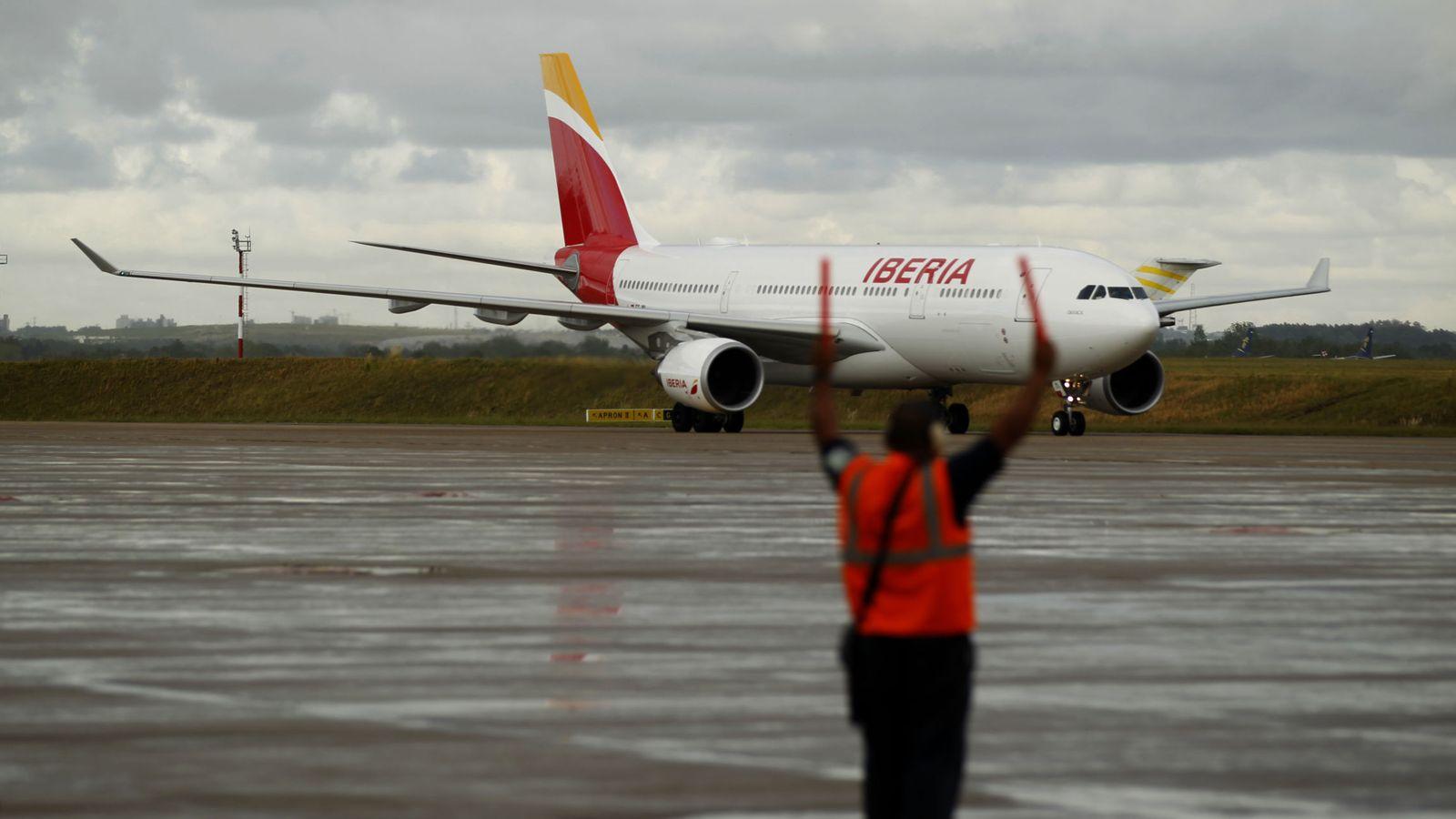 Foto: Un avión Airbus A330/200 de Iberia. (EFE)