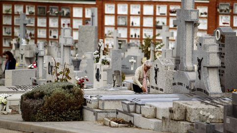 Carmena, en un brete por la memoria: ¿homenajes para los dos bandos?