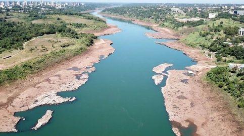 El Paraná, un río que arde
