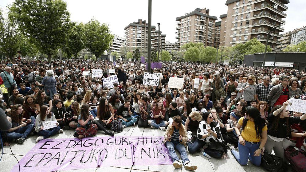 Foto: Manifestaciones tras la sentencia de La Manada. (EFE)