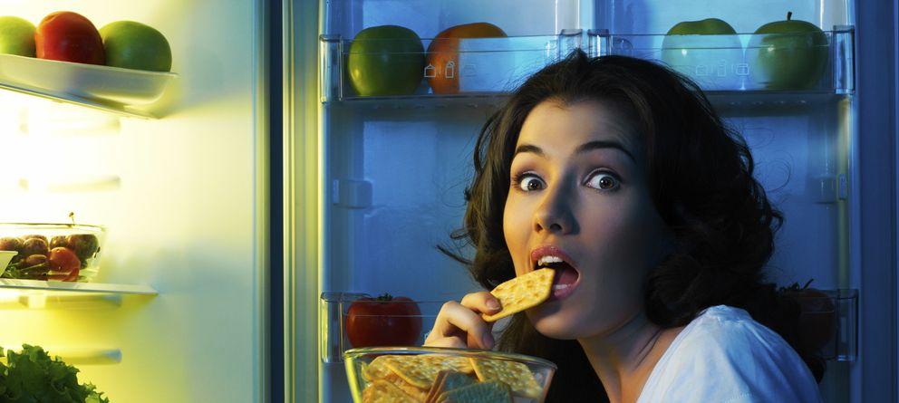Foto: A veces comemos más de lo que debemos sin darnos cuenta. (iStock)