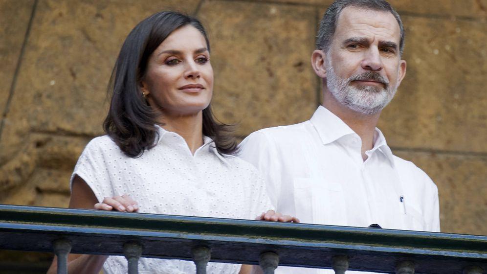 Foto: Los Reyes en El Templete. (Getty)
