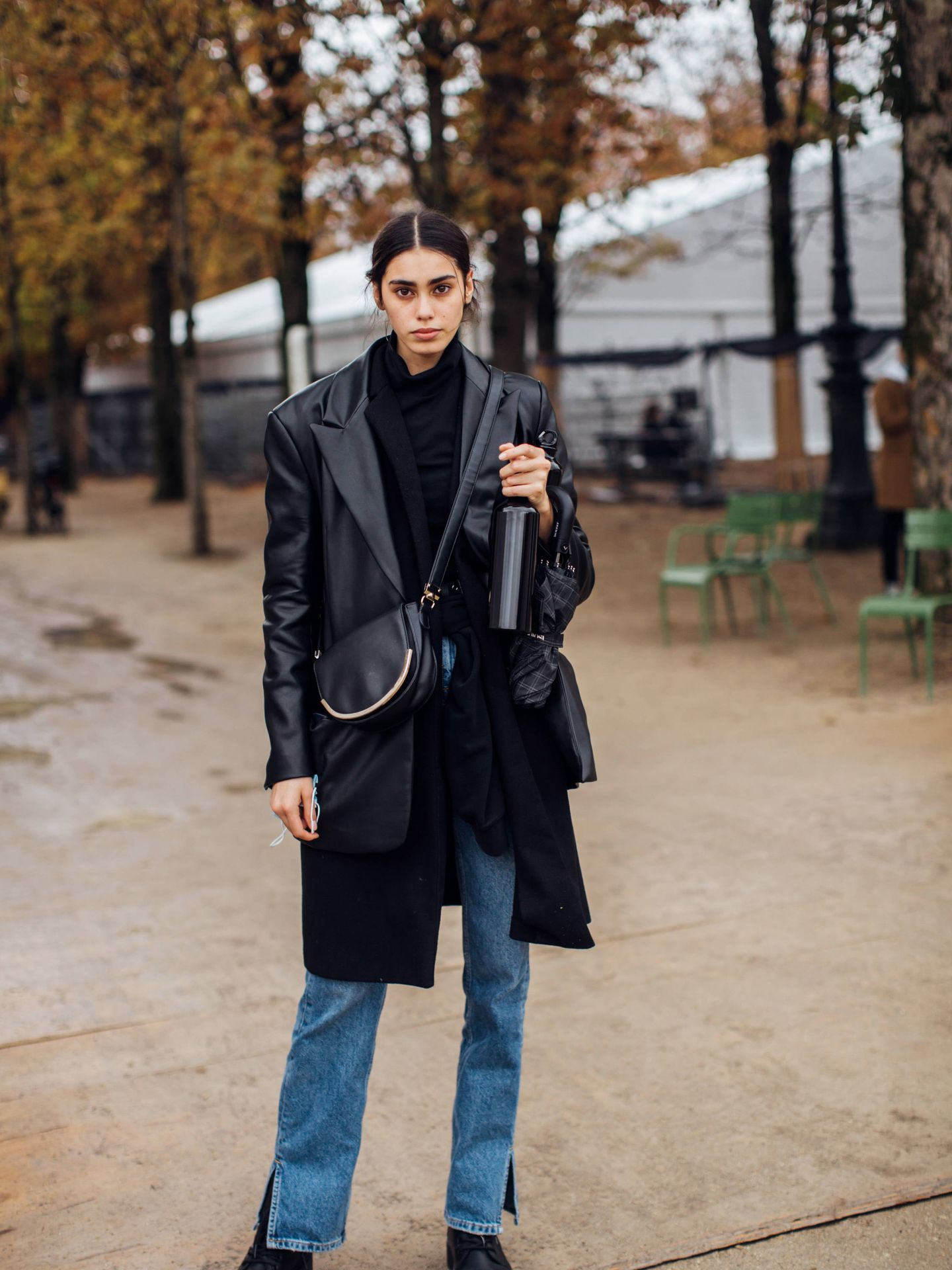Una prescriptora posando en París. (Imaxtree)
