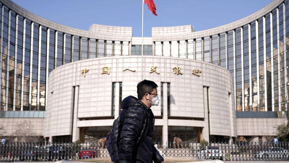 China saca la artillería contra el contagio a la economía: baja tipos e inyecta liquidez