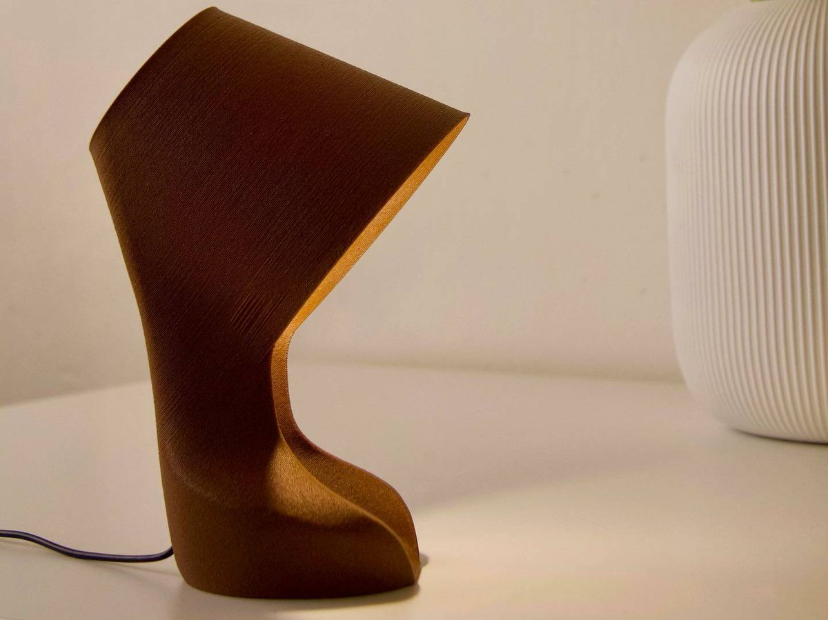 Foto: La lámpara 'Ohmie', fabricada con cáscaras de naranja.