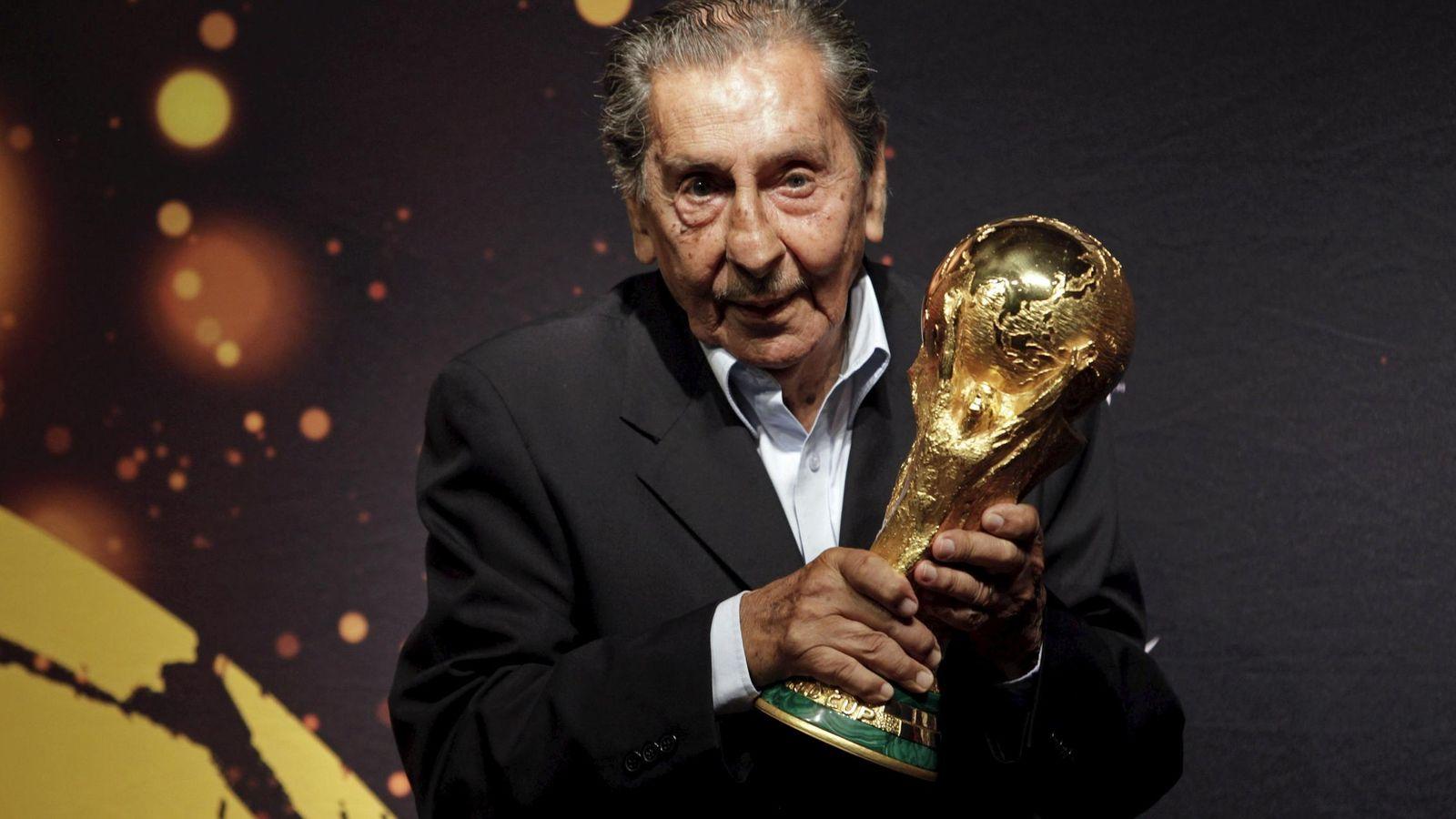 Foto: Alcides Ghiggia en una foto de archivo (Reuters).