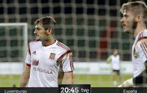 Del Bosque no desvela el dilema para proteger a un Iker abatido