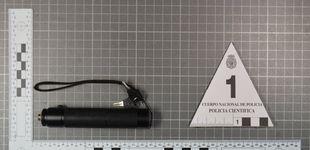 Post de Se enfrenta a 600.000 euros de multa por cegar con láser aviones antes de aterrizar