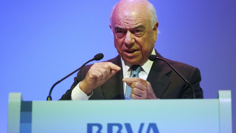 BBVA acelera el recorte de plantilla mientras paga un bonus de 200 millones a la cúpula