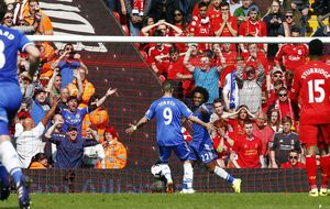 El Chelsea gana con el mismo estilo del Calderón y avisa al Atlético