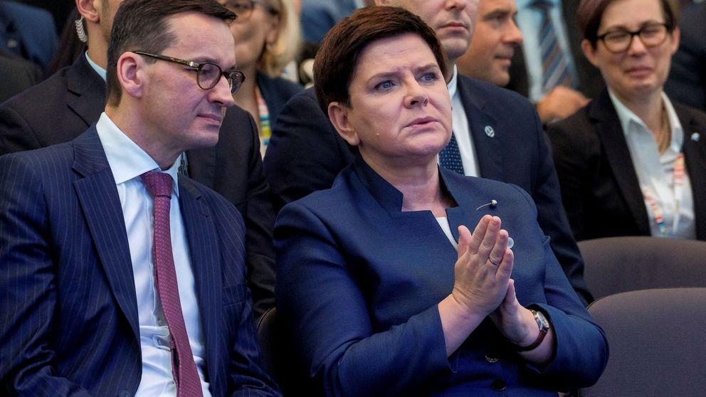 Polonia releva a la primera ministra antes de reforzar el control sobre el Supremo