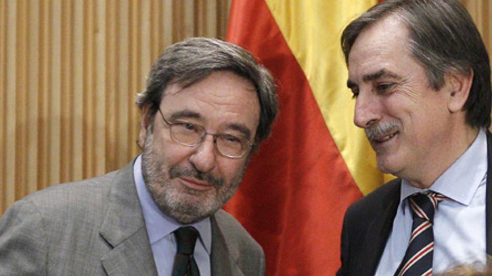 """Narcís Serra ve """"modélica"""" la fusión de Caixa Catalunya"""
