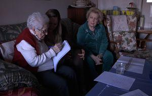 Desahucio frente a Palacio a una señora de 103 años