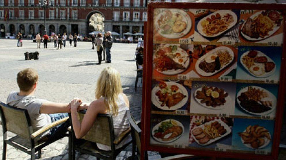 El Gobierno liberalizará horarios en las zonas turísticas y aumentará la apertura en festivos