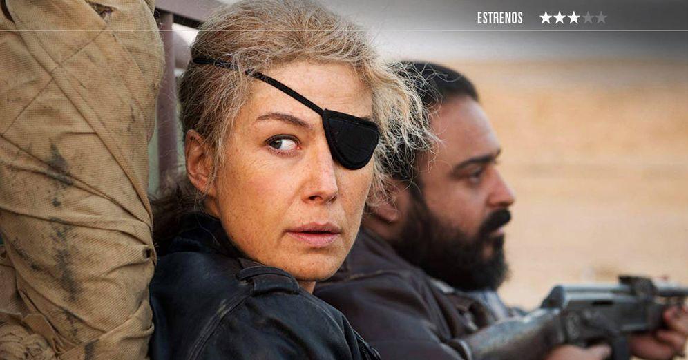Foto: Rosamund Pike es Marie Colvin en 'La corresponsal'. (DeAPlaneta)