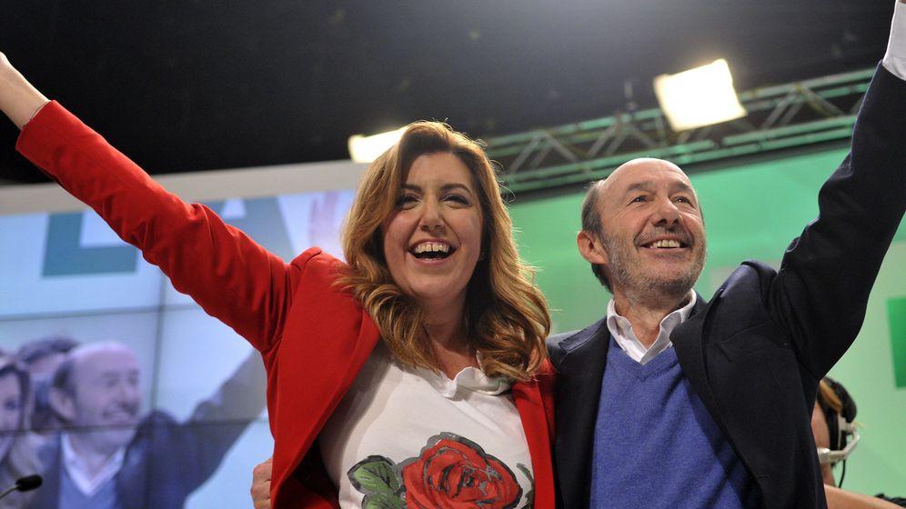Foto: Susana Díaz y Alfredo Pérez Rubalcaba escenifican estéticamente al nuevo PSOE. (EFE)