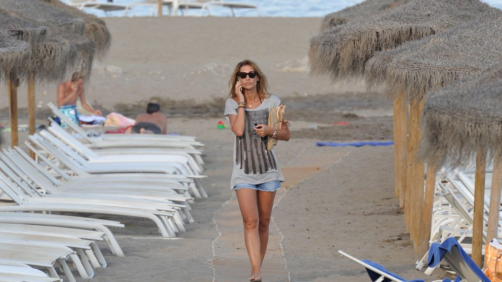 Los solitarios días de playa de Mónica Pont