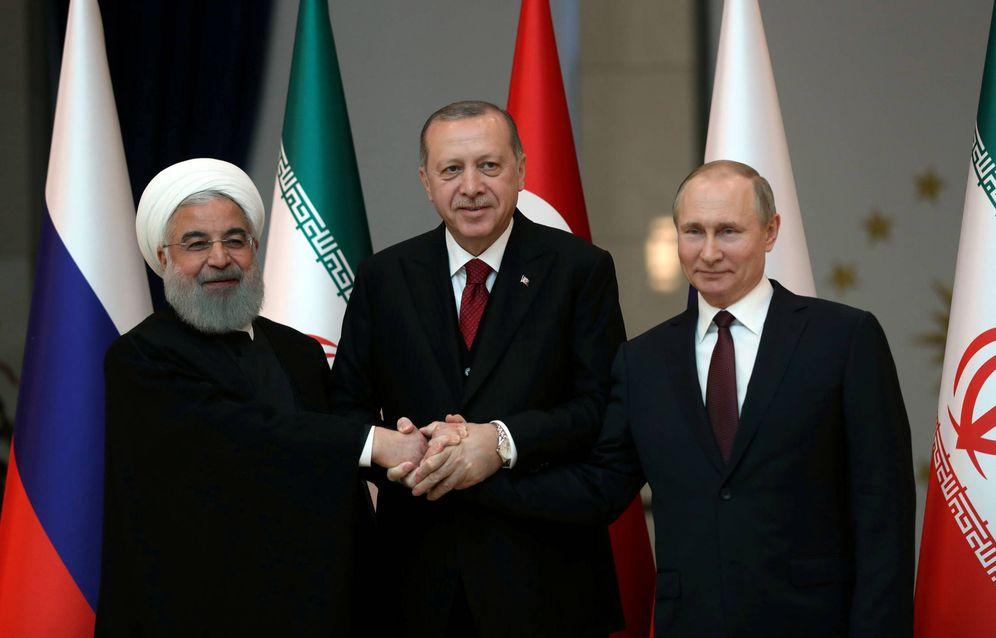 Foto: Rohaní, presidente de Irán, Erdogan, de Turquía, y Vladimir Putin posan antes de una reunión en Ankara. (Reuters)