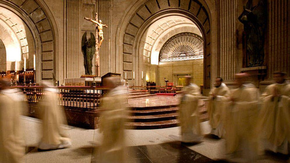 Foto: Imagen de los monjes benedictinos del Valle de los Caídos.