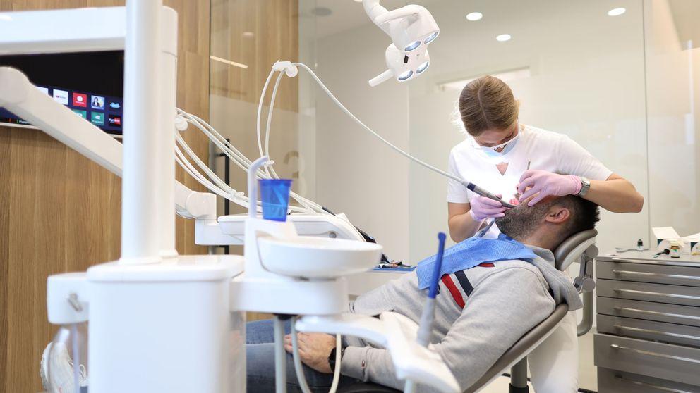 Los dentistas piden el cierre de consultas: Somos un vector de propagación del virus