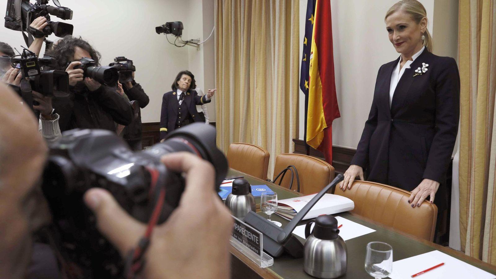 """Foto: Cifuentes ve """"una vergüenza"""" que el congreso sea """"altavoz de la difamación"""""""