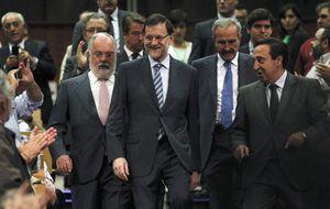 El PP espera que lance a Arias en el congreso del PPE con Merkel