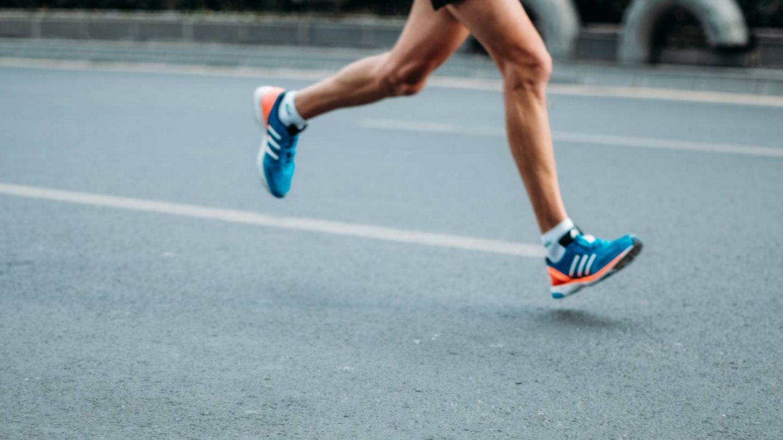Simply run para ponerte en forma en 10 minutos. (@sporlab para Unsplash)