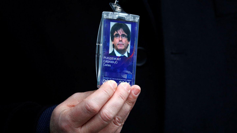 La credencial de Carles Puigdemont. (Reuters)