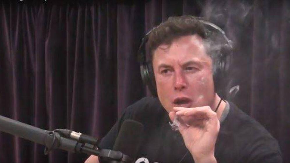 Foto: Musk durante la grabación del podcast (YouTube)