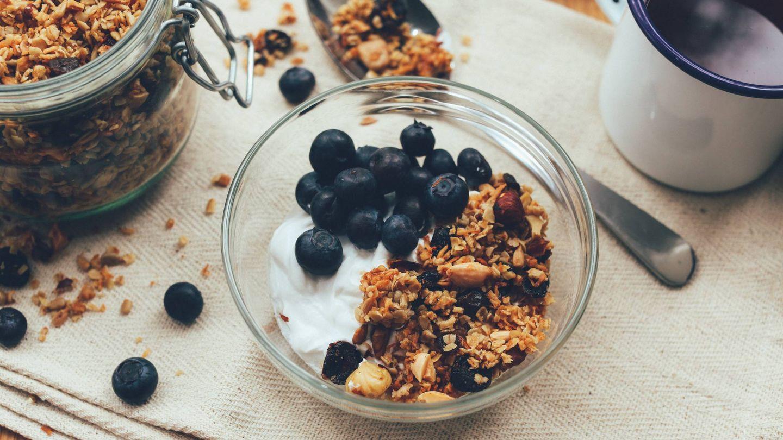 Saludables y bajos en calorías, alimentos que puedes comer hasta saciarte. (Dan Counsell para Unsplash)