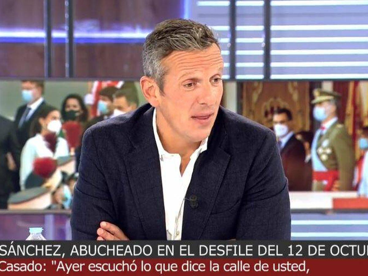 Foto: Joaquín Prat, presentador de 'Cuatro al día'. (Mediaset España)