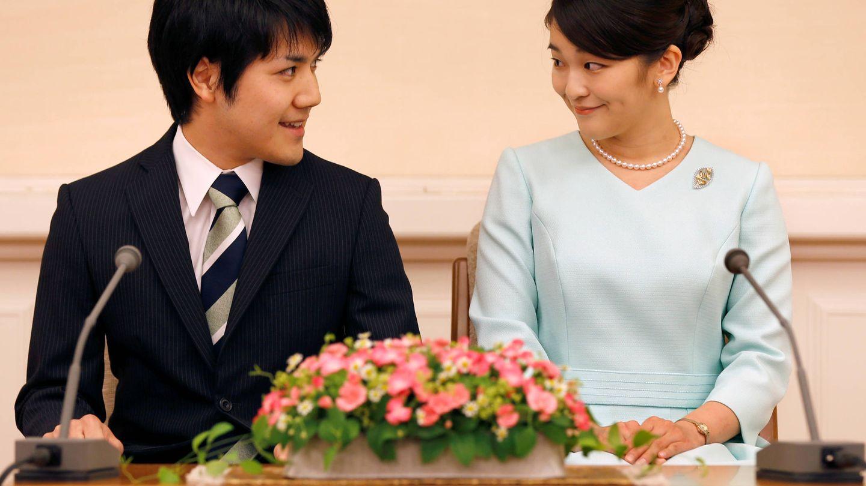 La princesa Mako, con su pareja. Su boda se podría celebrar el año que viene. (Reuters)