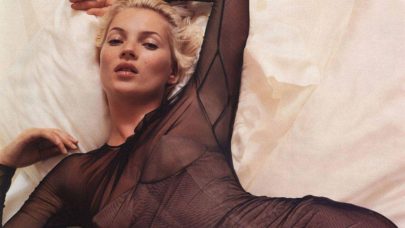 Foto: Kate Moss, rejuvenecida en un anuncio de Gucci de 2001.