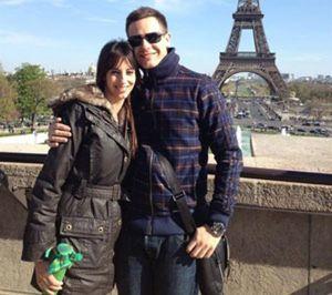 Christian Gálvez y Almudena Cid se escapan de vacaciones a París