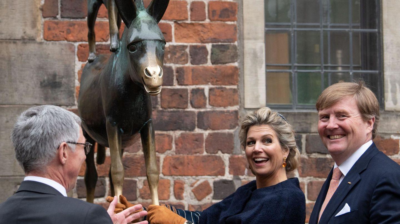 Los reyes de Holanda, de visita en Bremen. (EFE)