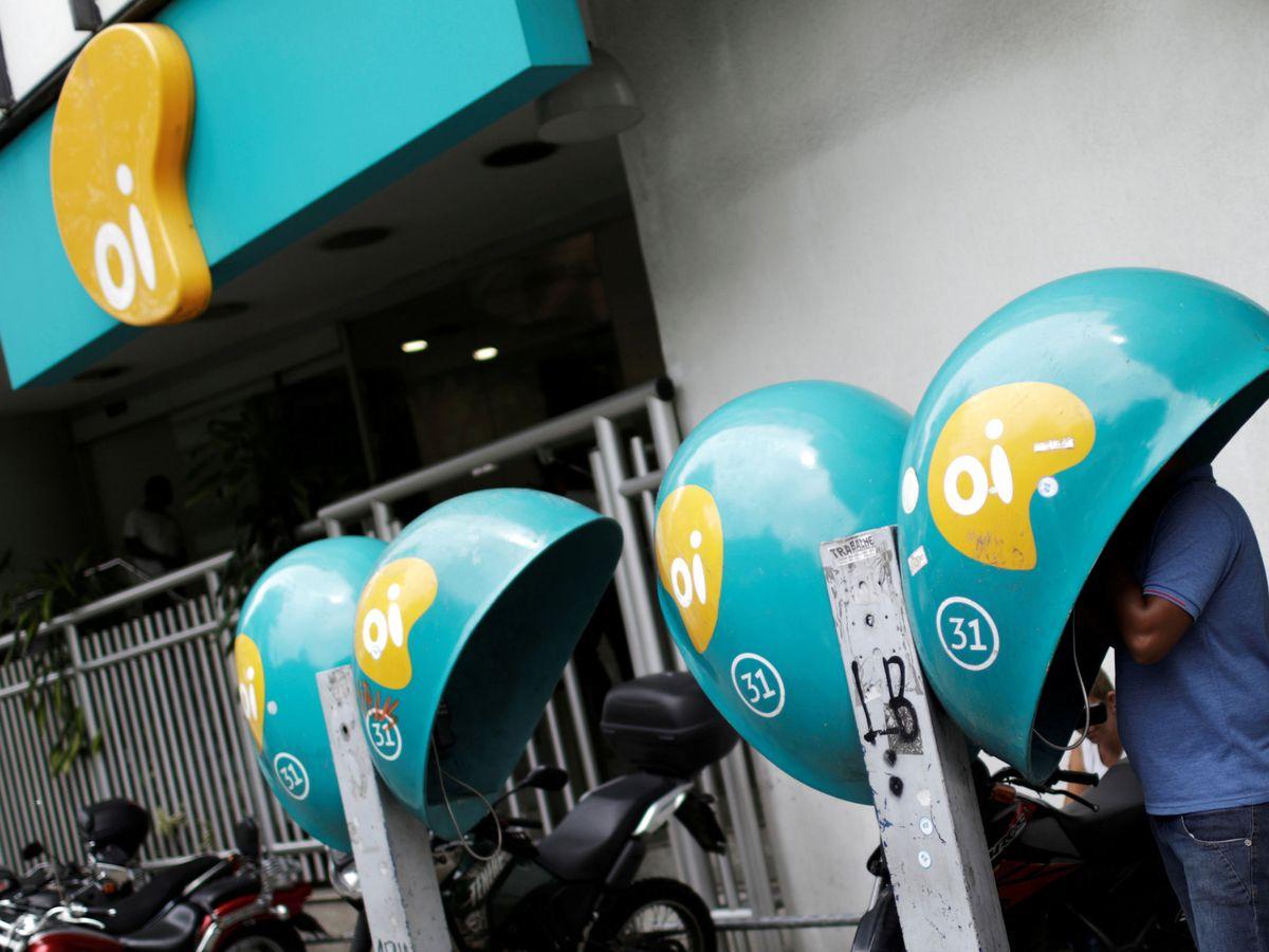 Foto: Las cabinas telefónicas de Oi en Brasil. (Reuters)