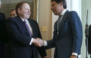Adelson admite en Londres que no tiene el dinero para Eurovegas