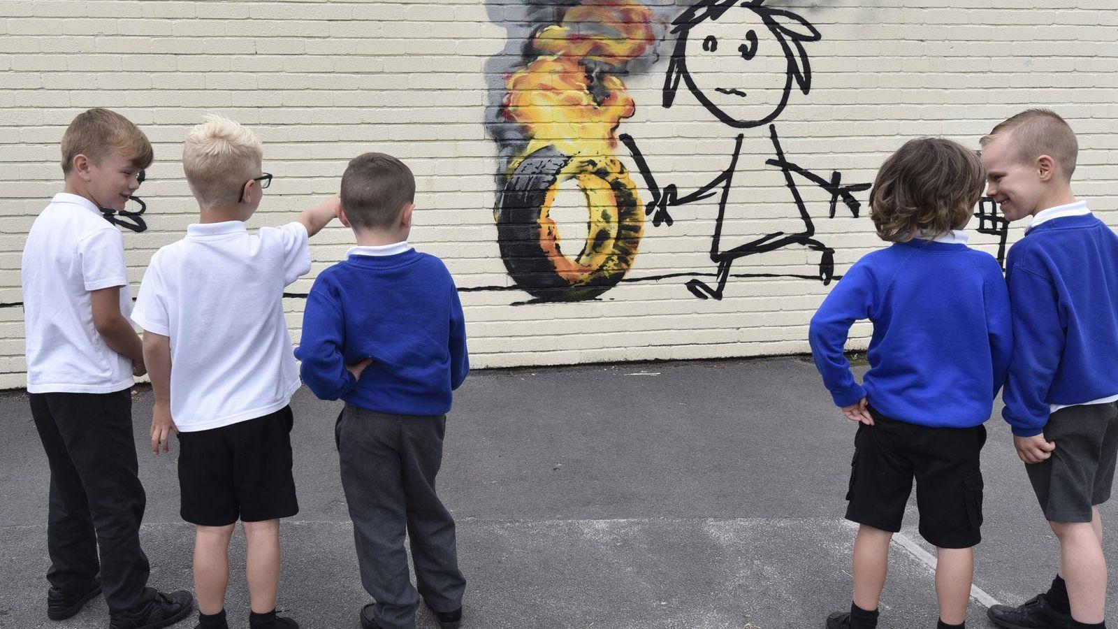 Foto: Patio de un colegio en Reino Unido. (EFE)
